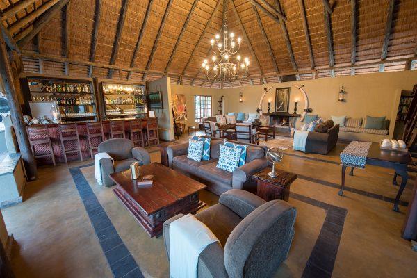 Kambaku-Safari-Lodge-royal-african-discoveries-1