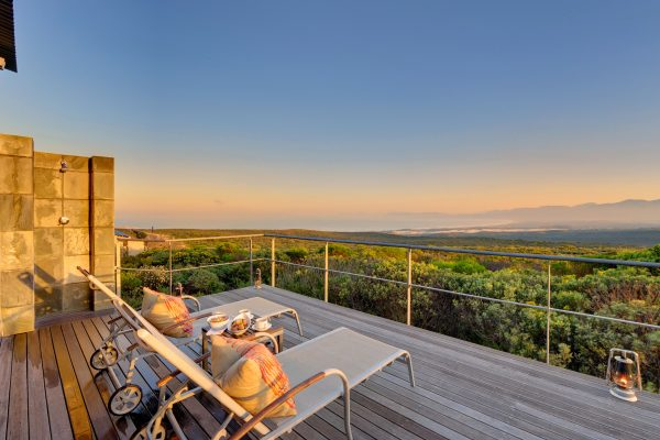 grootbos-forest-suite-lux-deck-royal-african-discoveries-01