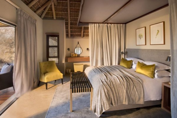 RockFig-Safari-Lodge_Bedroom-Interior0-2-1090x614