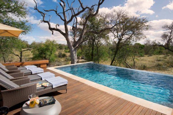 RockFig-Safari-Lodge_Pool-2-1090x614