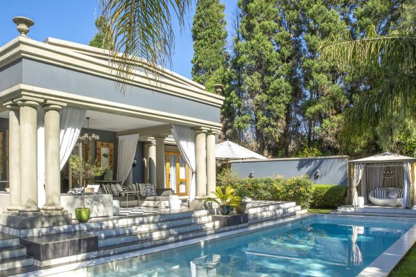 royal-african-discoveries-fairlawns-boutique-hotel-1