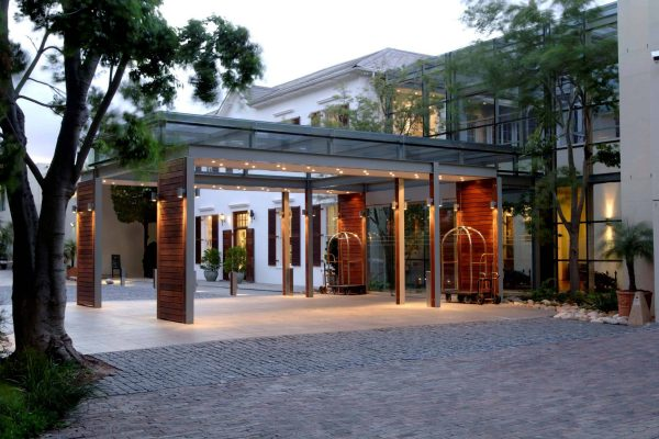 royal-african-discoveries-vineyard-hotel-5